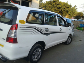 taxi hire in Kathgodam
